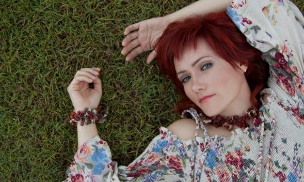Premiere: Innessa's Otherworldly New Single 'Golden Wreath'