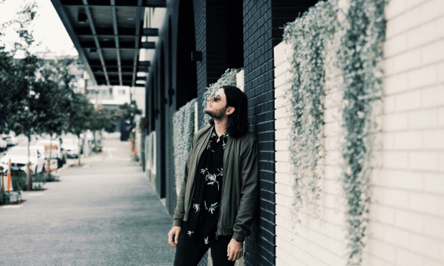 Premiere: Zander Rhodes Regales Lost Love On New Single 'Falling'